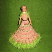 Кукла в вязаном платье ручной работы