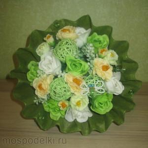 Букет с розами из мыла средний (9 роз)