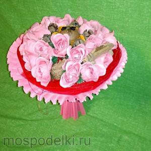 Ароматный букет ручной работы (23 розы из мыла)