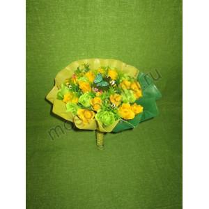 Букет весенний с розами из мыла (23 розы)