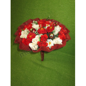 Большой букет с розами из мыла (25 роз)
