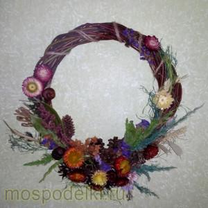 Венок из сухоцветов