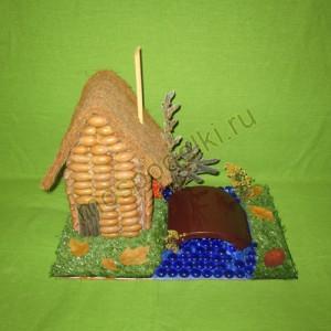 Поделка домик в лесу