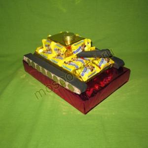 Танчик из конфет