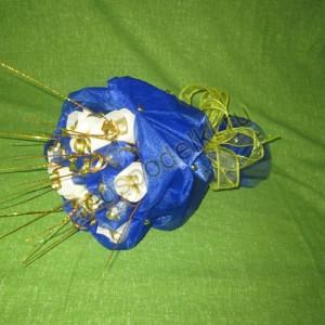 Букет в синей органзе