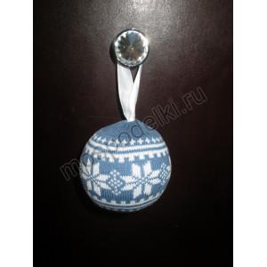 Елочный вязаный шар, синий индиго